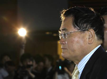 亀井静香郵政・金融担当相辞任
