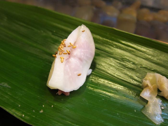 トロたくのにぎり 藪sou鮨・旬の魚